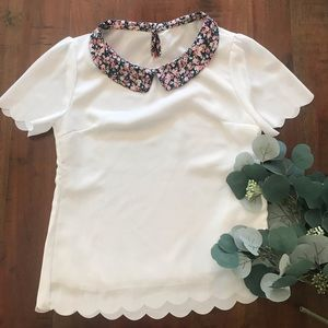 SHEIN Blouse with Floral Collar and Scallop Hem